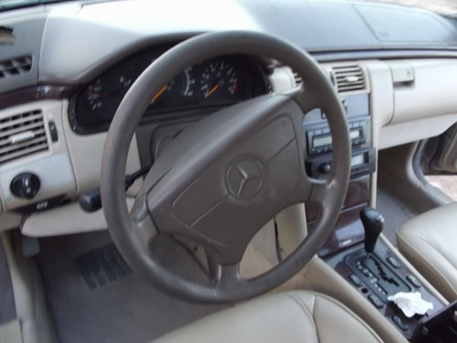 desarmo  vendo partes mercedes e320, aut.6 cil 1997