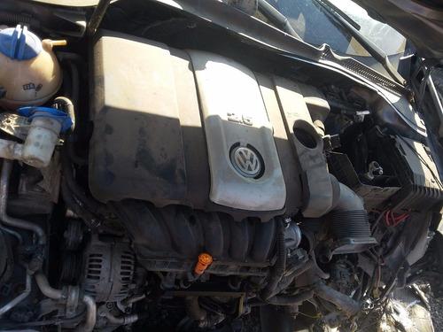desarmo volkswagen bora 2.5 standart solo por partes