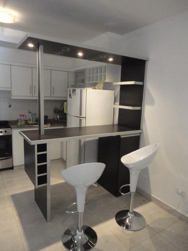 desayunador, separador de ambientes, barra, mueble c/ puerta