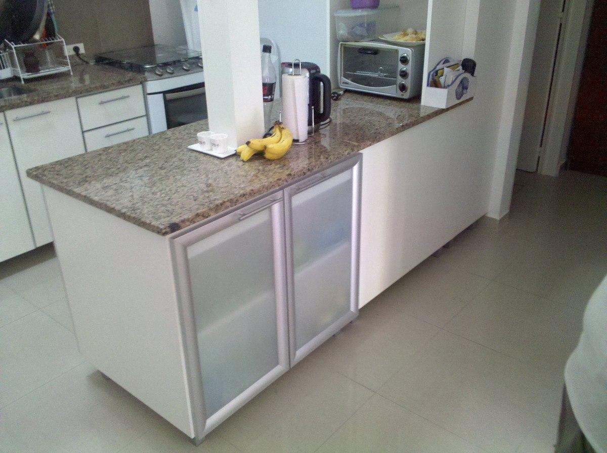 Desayunadores barras puertas vidriadas copero granito for Desayunador para cocina