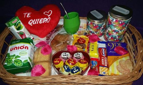 desayuno romantico san valentin matero con yerbera azucarera
