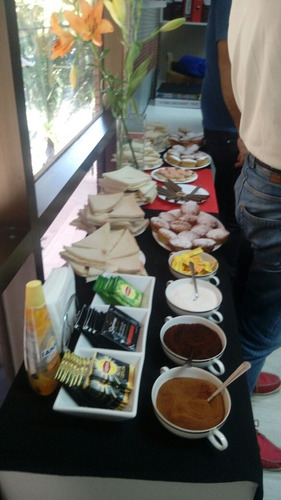 desayunos, banquetería, reuniones