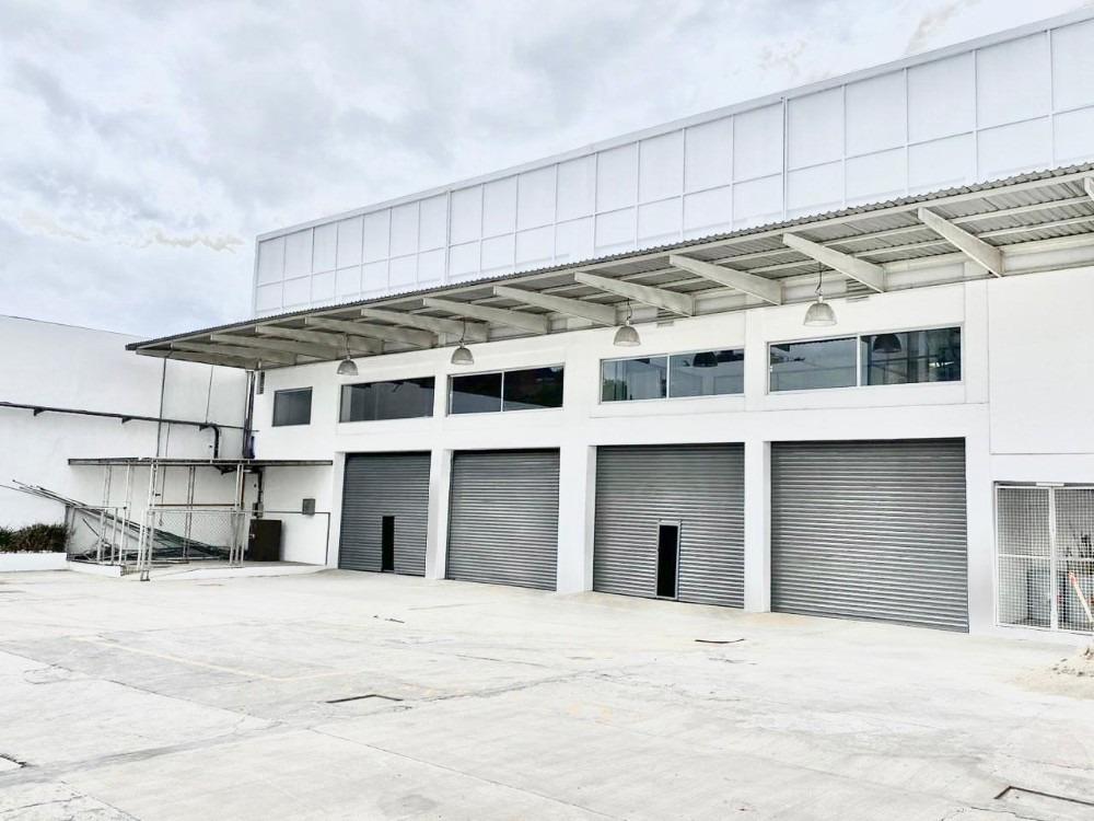 desde 1,550 m2 hasta 3,200 m2, almacén/oficina, cerca aicm