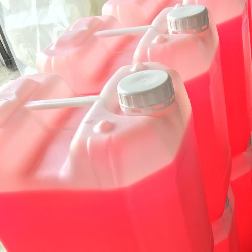 desengrasante biodegradable para lavar a full tu car