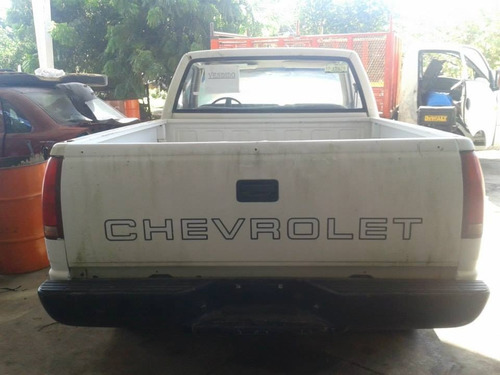 deshueso chevrolet pick up 98 piezas impecables!!