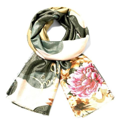 desigual pañuelo con etiqueta, color bellisimo!