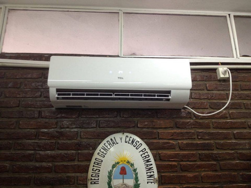 desinstalación y reparación de aire acondicionado split