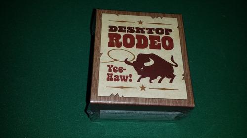 desktop rodeo miniatura touro importado novo lacrado laço
