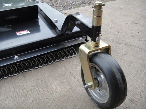 desmalezadora/ cortadora de pasto de 1.80 mts para tractor.