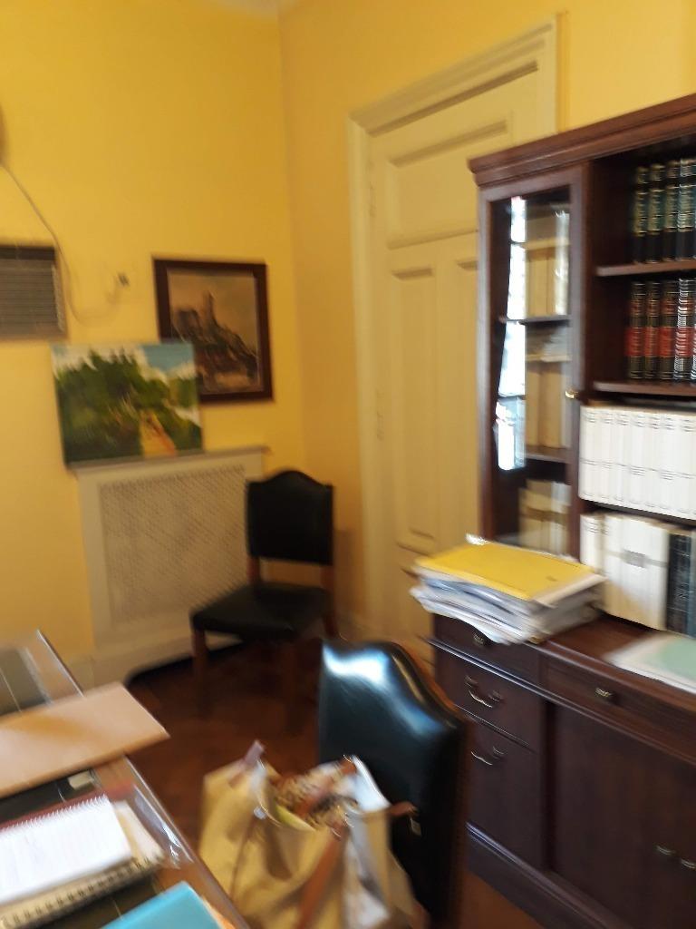 despacho,oficinas interno y externo con balcon