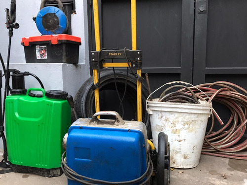 destapaciones de cañerias (cloacas, cocinas, baños, pluvial)