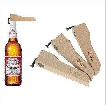 destapador cerveza cowboy madera souvenirs
