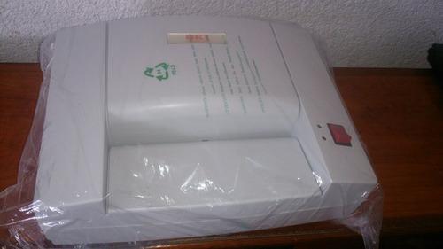 destructor y reciclador de papel de oficina oki