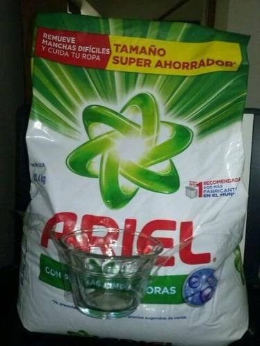 detergente en polvo ariel x 4 kilos+ flanera