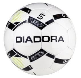 0019f2fa90eca Diadora De Futsal - Pelotas de Fútbol al mejor precio en Mercado Libre  Uruguay