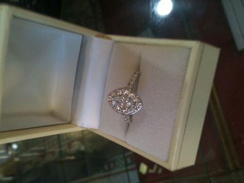 diamantes oro anillo