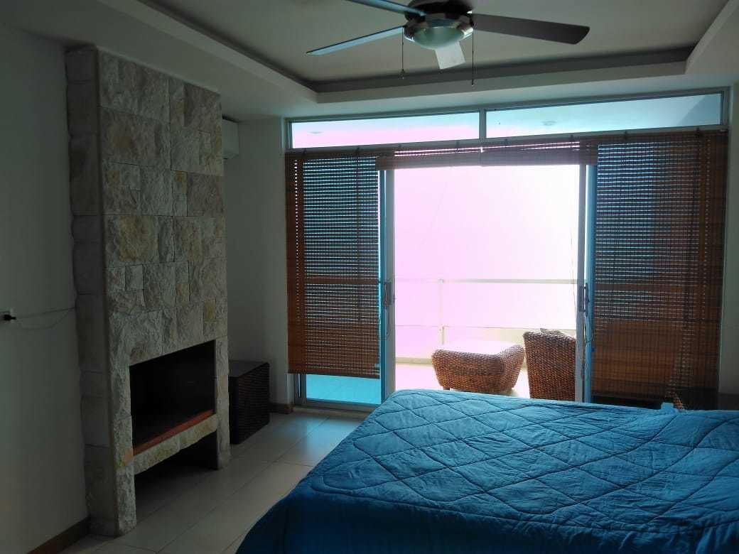 diamond beach. tonsupa. penthouse