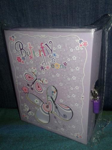 diario en caja con candado