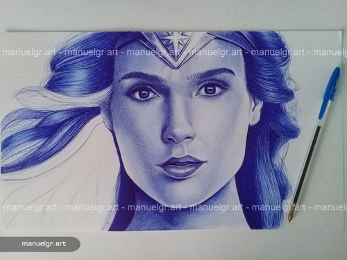 dibujo mujer maravilla a boligrafo bic azul dc comics liga
