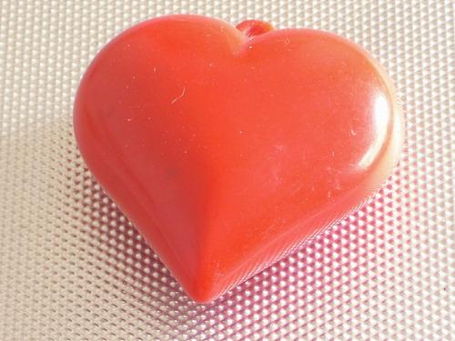 dije colgante corazon  acrilico  s/uso japon retro cºppf777