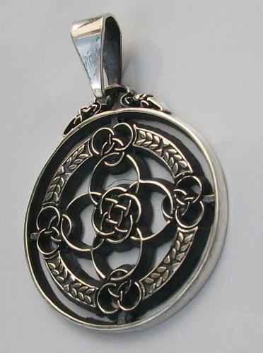 dije de celta nudo irlandes amor eterno en plata ley.925