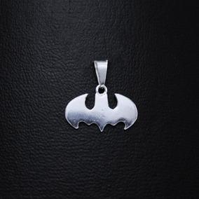 d466ece16987 Dijes Batman - Dijes y Medallas Sin Piedras en Mercado Libre México