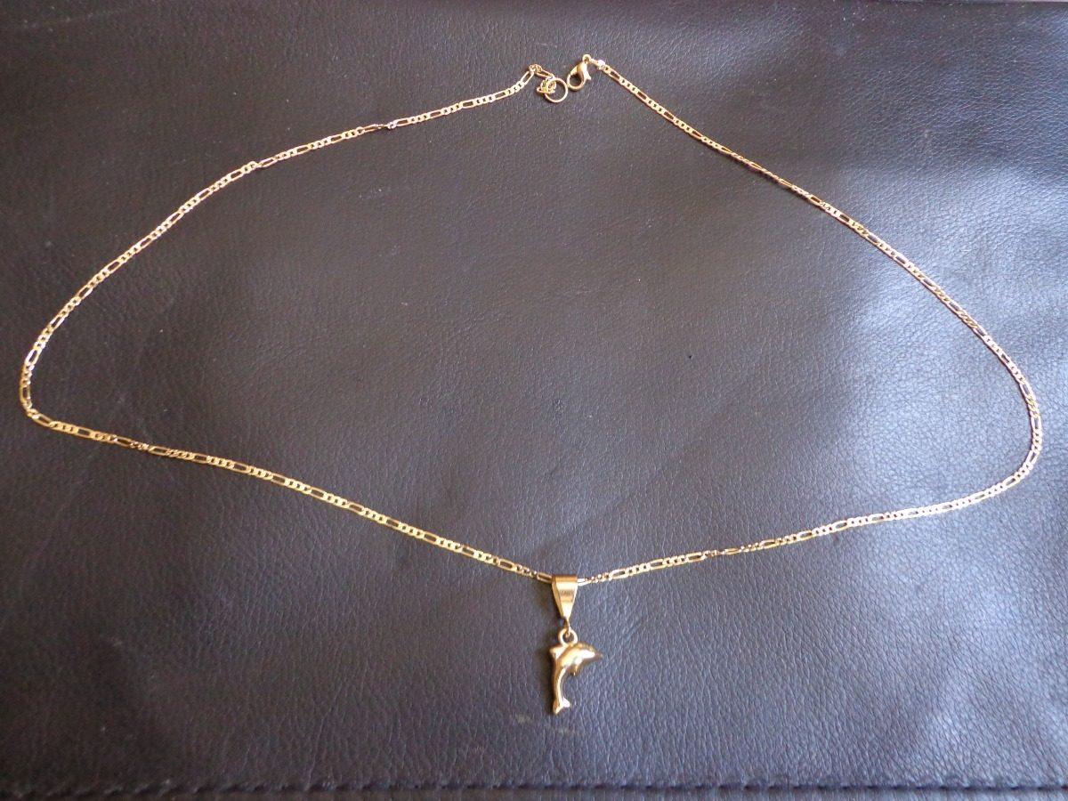 Cadena de oro con dije delfin