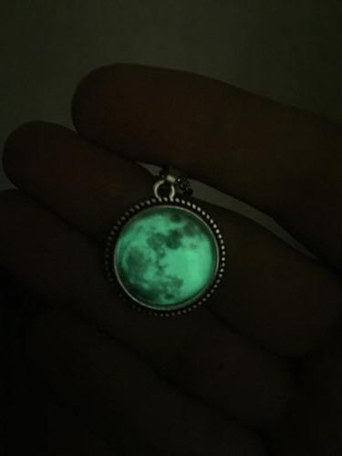 dije o pulsera o aretes luna brilla obscuridad  con envio