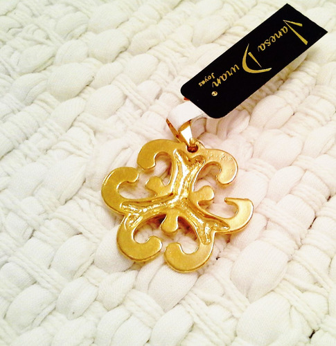 dije oro gold filled 14k mujer diseño arabesco vanesa duran