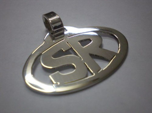 dije oval con  iniciales   - plata 925