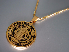 6bd708668cb Medalla De San Benito En Acero Quirurgico Y Dorado - Joyas y ...