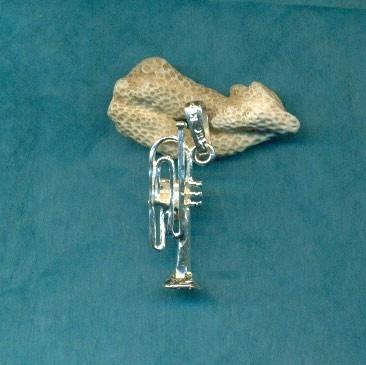 dije trompeta  en plata fina ley.925 e15