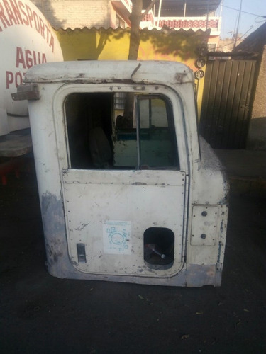 dina cabina camión torton