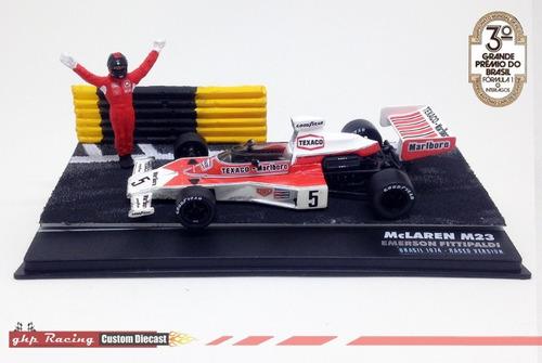 diorama mclaren m23 fittipaldi - versão brasil gp exclusiva