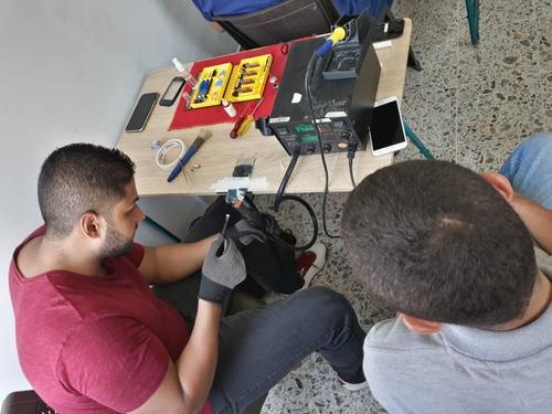diplomado de reparación de celulares y tablets