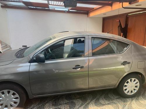 diplomático vende vehículo en excelentes condiciones 9500 km