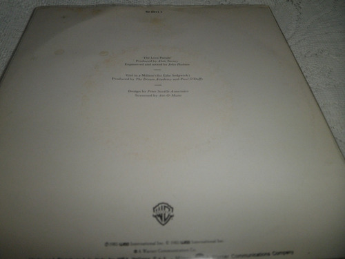 disco 45 (7'') de the dream academy - the love parade (1985)