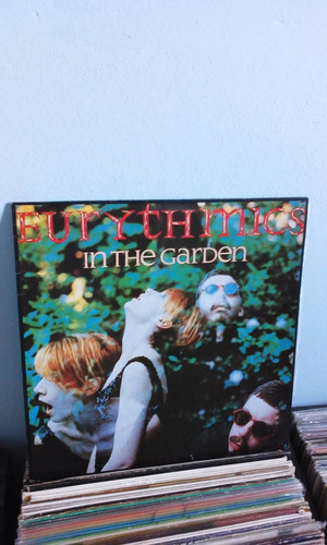 disco vinil eurythmics in the garden c/encarte colecionador
