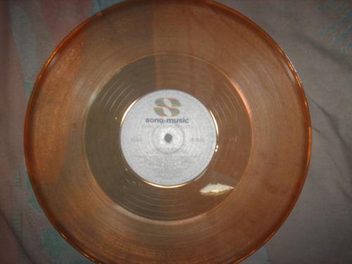 discos acetato vinilos lps de colores negros decoracion