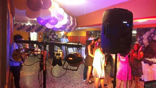 discoteca alquiler proyector 1300 - parlante 700 - luces 250