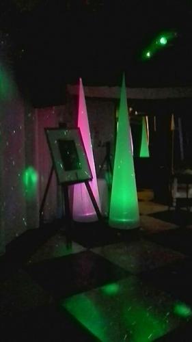 discoteca pantalla pincha nubes tira papelito karaoke