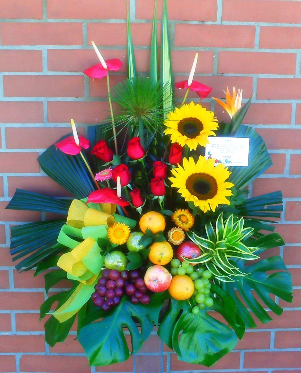 Diselo Con Flores Hermosos Arreglos Con Frutas Rosas 115 000 En