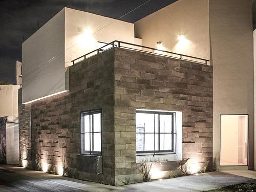 diseño arquitectónico, construcción residencial y comercial.