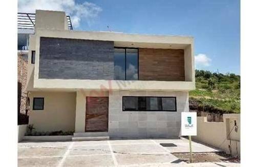 diseño, confort, estilo venta de casa, acabados de primera, juriquilla.