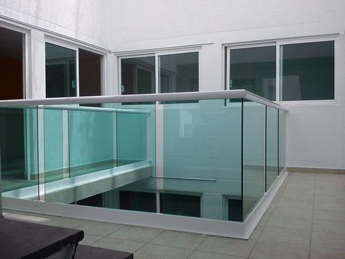 diseño de canceleria de aluminio y vidrio castro