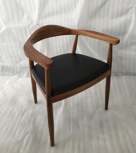 diseño de mesas para restaurante base de acero /  cubierta