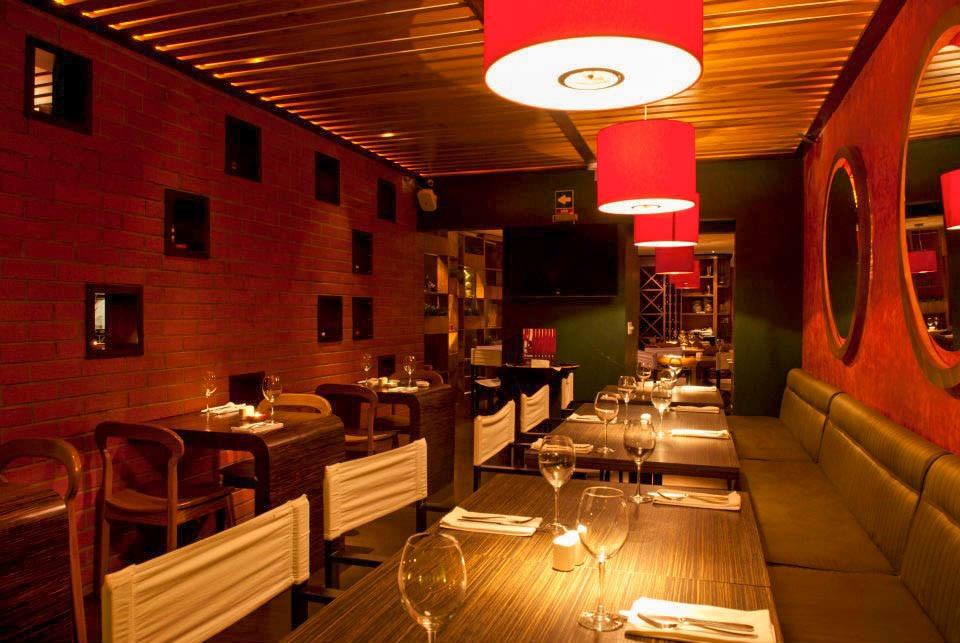 Dise o de restaurantes y bares modernos cheff cocinas for Cocinas de restaurantes modernos
