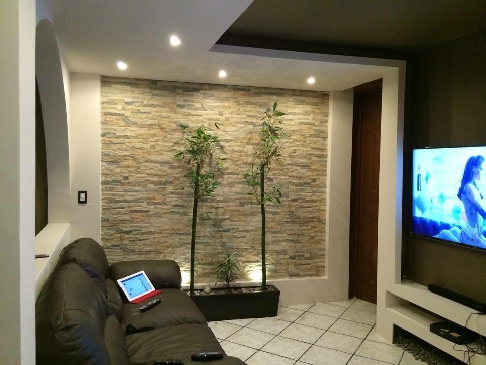 Dise o e instalacion de muros y plafones de tablaroca for Plafones de pared para salon