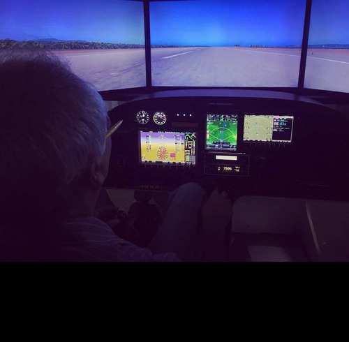 diseño personalizado de simuladores de vuelo