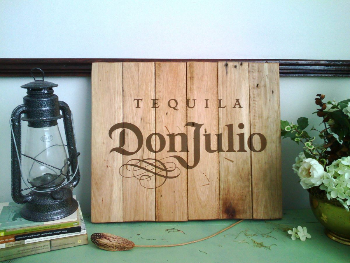 Dise o personalizado letrero anuncio madera antiguo for Disenos de bares en madera
